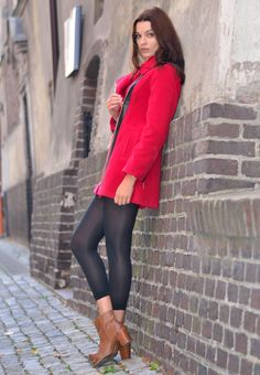 Elegancki i modny płaszcz damski  http://besima.pl
