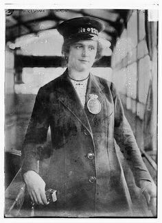 Policewoman, Berlin (LOC) [between ca. 1915 and ca. 1920]