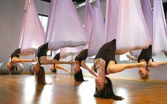 Aerial Yoga Tips Pilates - Aerial yoga tips _ aerial yoga tipps _ conseils de yoga aérien _ consejos de yoga aérea _ - Reiki, Sport Food, Anti Gravity Yoga, Air Yoga, Yoga Games, Yoga Studio Design, Aerial Yoga, Aerial Hammock, Outdoor Yoga