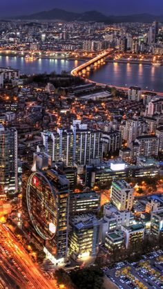 Seoul, South Korea and the beautiful Han River.