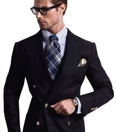 Tom Ford Double Breast Suit. @Tom John FORD #thegmi #thegentlemansinc