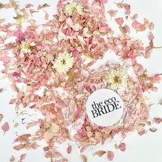 Our clear packets and stickers are biodegradable and compostable. These packets include Delphinium and Daisy petals. Each packet includes of confetti which is a handful and suitable for one per person. Biodegradable Confetti, Biodegradable Products, Paper Confetti, Confetti Ideas, Wedding Ceremony, Wedding Day, Wedding Schedule, Daisy Petals, Wedding Confetti