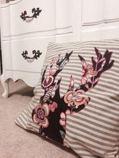 Anthropologie inspired DIY deer head pillow