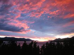 God's awesome sky art http://www.masters-table.org/forinfo/Gods_beautyinthesky.htm