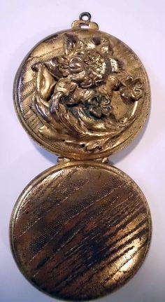 vintage locket.
