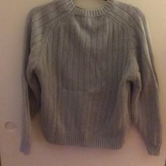 Thick grey sweater Super thick and comfy grey sweater, perfect condition Brandy Melville Sweaters