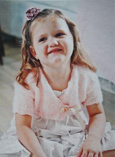 Patrón: Torerita tejida para niña (a dos agujas y crochet)