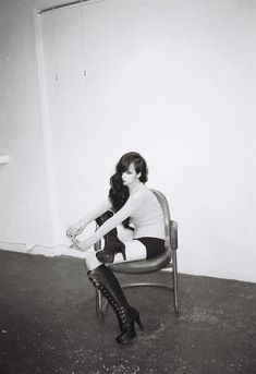 F(x) Victoria for Red Light