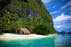 Bacuit Bay in El Nido, Palawan, Philippines Beaches In The World, Places Around The World, Oh The Places You'll Go, Places To Travel, Places To Visit, Around The Worlds, Hidden Places, Travel Pics, Palawan Island