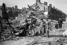 Seventy years ago today 348 Luftwaffe bombers and 617 fighters flew low up the Thames in a terrifying new chapter in the war with Germany. The attack on the night of ...