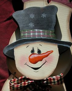 Painting Snowman Faces On Crafts | Painted Snowman wooden crafts upsidedown wodden handpainted craft ...