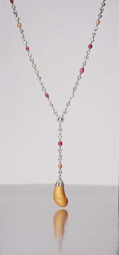 Melo pearl necklace
