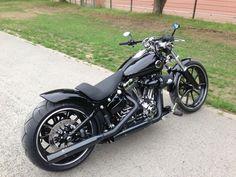 Milwaukee V-Twin Forum - Community & Infos über Harley-Davidson - Softail Break Out 2013 #harleydavidsonsoftailbreakout