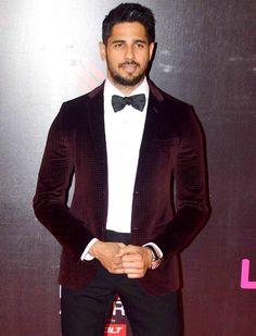 Sidharth Malhotra at Life OK Screen Awards 2015. #Bollywood #Fashion #Style #Handsome