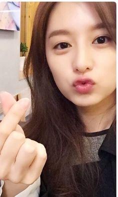 Ji won is so cute