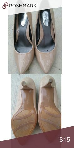 Nude High Heels Nude high heel. They are 6.5 but it could fit a 7  They Are very very comfortable the heel is about 2 inches. :) Alfani Shoes Heels