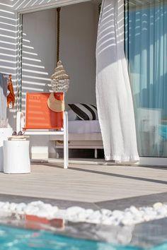 Das #Grecotel White Palace auf #Rhodos ist ein #Luxushotel, wie es im Buche steht. Wie wäre es, wenn ihr morgens von der Sonne wachgekitzelt werdet, eure Terrassentür öffnet und in den #Pool springt? Grecotel LUX.ME White Palace***** #Griechenland #Kreta #Rethymnon #TUI #PrivatePool #DiscoverYourSmile Private Pool, Hanging Chair, Furniture, Home Decor, Beautiful Hotels, Rhodes, Sun, Voyage, Decoration Home