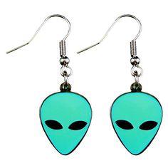 Alien Earrings (glow in the dark) Jewelry ❤ liked on Polyvore featuring jewelry, earrings, accessories, acessorios, charm jewelry, hook earrings, earring charms, earrings jewelry and green charm