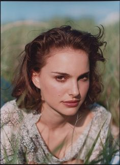 The resource for all Natalie Portman photos. Every photoshoot, public appearance and film is right here. Natalie Portman, Liam Neeson, Mathilda Lando, Jean Reno, Ewan Mcgregor, Pretty People, Girl Crushes, My Idol, Actors & Actresses