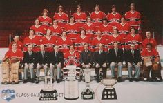 1976 Montreal Canadiens team picture. 19th Stanley Cup win. Team Pictures, Team Photos, Montreal Canadiens, Canadian Hockey Players, Montreal Hockey, Minnesota North Stars, Hockey Memes, Nfl Fans, Stanley Cup
