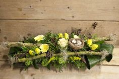 1 million+ Stunning Free Images to Use Anywhere Easter Flower Arrangements, Easter Flowers, Easter Tree, Floral Arrangements, Rustic Wedding Centerpieces, Floral Centerpieces, Easter Projects, Easter Crafts, Oster Dekor