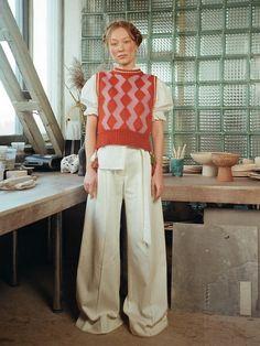 Nerd Fashion, Knit Fashion, Fashion Design, Everyday Look, Everyday Fashion, Warm Hug, Zig Zag Pattern, Zara Kids, Knit Vest