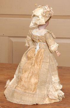 18 Simon & Halbig 1159 Lady in Original Dress from beckysbackroom on Ruby Lane