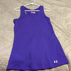 under armour tank ✨new  Under Armour purple fitted heat gear tank...awesome & breathable for the gym or everyday running around!! ✨ only worn a few times, like brand new!!  Under Armour Tops Tank Tops