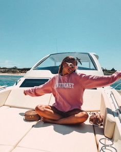 PURE LUXURIES — these pics are not our own! use to be featured, dm for credit Beach Aesthetic, Summer Aesthetic, Summer Feeling, Summer Vibes, Summer Dream, Summer Fun, Boat Pics, Insta Photo Ideas, Insta Ideas