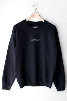 New York Sweatshirt, Sweatshirt Outfit, Crew Neck Sweatshirt, Oversized Sweater Outfit, Sweater Outfits, Trendy Hoodies, Cute Sweatshirts, Sweatshirts Vintage, Sports Sweatshirts