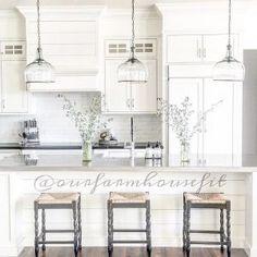 Beautiful Homes Of Instagram Home Bunch An Interior Design Luxury Blog Farmhouse Kitchen Lightingkitchen