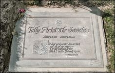 """TELLYSAVALAS'GRAVE  (""""Kojak"""")  at Forest Lawn Hollywood Hills  in Los Angeles, California"""