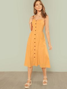 Dress Outfits, Casual Dresses, Fashion Dresses, Cute Outfits, Dress Skirt, Dress Up, Frack, Yellow Fashion, Fashion Black