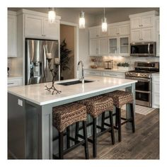 Outstanding modern kitchen room are offered on our site. look at this and you wont be sorry you did. Classic Kitchen, Farmhouse Style Kitchen, Modern Farmhouse Kitchens, Home Decor Kitchen, Rustic Kitchen, Kitchen Furniture, New Kitchen, Home Kitchens, Kitchen Ideas