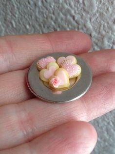 Mini pink heart cookies