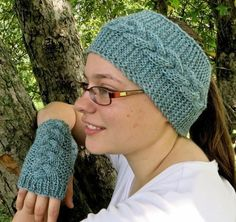 Chase the Chill Away Fingerless Mitts and Earwarmers Knitting pattern by Distracted Knits Knitting Patterns Free, Free Knitting, Crochet Patterns, Knit Crochet, Crochet Hats, Knitting For Charity, Fingerless Mitts, Quick Knits, Knit Picks