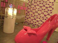 Big pink shoes bathtub #kyumbie