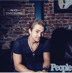 ~No smoking hotness allowed~ Cma Music Festival, Jesse Mccartney, Boy Meets World, Hunter Hayes, Falling In Love With Him, Country Artists, Ed Sheeran, Future Husband, A Good Man