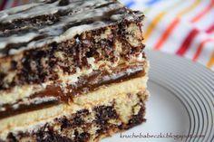 Hej :-)) U mnie dziś zaległe ciacho :-). Przepis mama przyniosła od koleżanki z pracy. Lubię je, bo nie jest bardzo słodkie. Takie łacia... Sweet Recipes, Cake Recipes, Dessert Recipes, Food Cakes, Cupcake Cakes, Potica Bread Recipe, Easy Baking Recipes, Cake Bars, Polish Recipes
