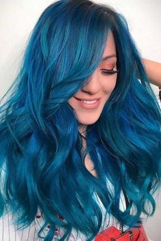 Trendy Hair Color Picture DescriptionRead on to discover trendy and unconventional light-blue, dark-blue, electric blue, blue-green, blue-purple hair color variations. Best Blue Hair Dye, Blue Black Hair Dye, Blue Brown Hair, Dyed Hair Blue, Blue Wig, Brown Blonde Hair, Hair Color Purple, Cool Hair Color, Brown Hair Colors