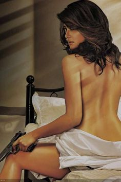 Gorgeous Surveen Chawla Pics From Movie Hate Story