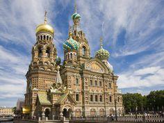 Image from http://khongthe.com/wallpapers/animals/russian-church-86045.jpg.