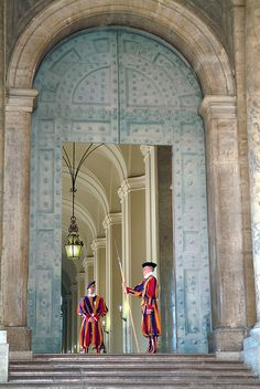 La Guardia svizzera pontificia - Città del Vaticano, Italy [Coincidence? an arched doorway with blue starry-pattern at the Vatican]