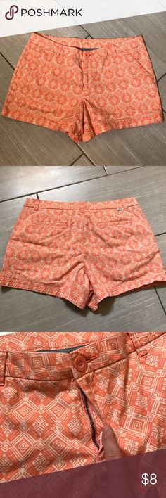 EUC BCG coral print shorts Adorable coral print shorts that I bought and never wore. These would look so cute with a solid top and brown sandals. These are from a smoke free home. Super soft and comfy cotton fabric with 2% spandex for a little stretch. bcg Shorts