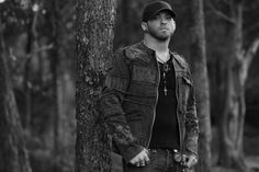 Brantley Gilbert, looking fine as usual. Male Country Artists, Country Singers, Country Music, Canaan Smith, Justin Moore, Brantley Gilbert, Scotty Mccreery, Jason Aldean, Country Men