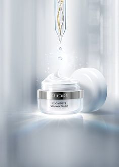 Cellcure is a cosmetic brand where has the cosmeceutical skincare line formulated with Celltrion's proprietary patented substances