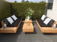 "Determine more info on ""outdoor patio ideas decorating"". Look at our internet site. Determine more info on ""outdoor patio ideas decorating"". Look at our internet site. Backyard Seating, Garden Seating, Outdoor Seating, Backyard Patio, Outdoor Decor, Pallet Patio Furniture, Outdoor Garden Furniture, Furniture Ideas, Diy Patio"