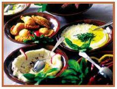 Excursiones por Egipto y viaje para los monumentos como para la comida tipica egipcia mix de ensaladas tradicionales de Egipto