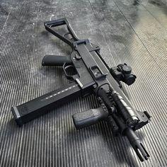 cute guns for women Weapons Guns, Airsoft Guns, Guns And Ammo, Battle Rifle, Submachine Gun, Military Guns, Assault Rifle, Cool Guns, Firearms