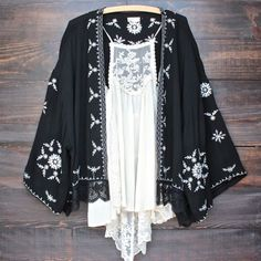 boho embroidered kimono jacket - black: